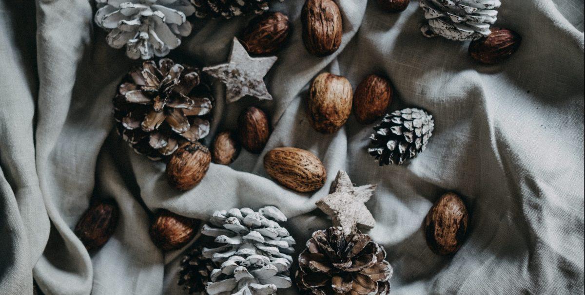 60 Scandinavian Christmas Home Decor, Christmas Tree and Gifts2018